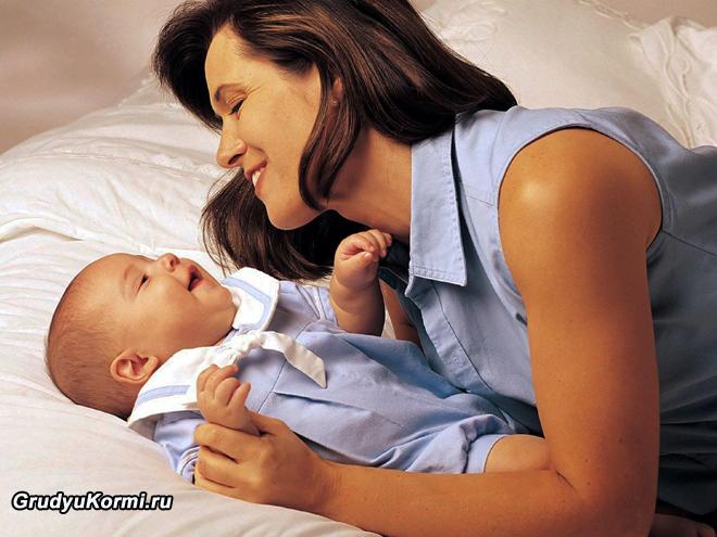 Мама  и счастливый малыш